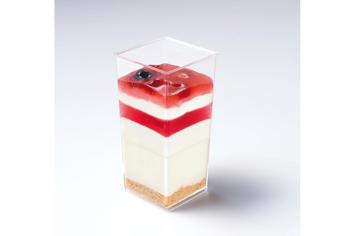 豆乳が入ったレアチーズ~ベリーソース~