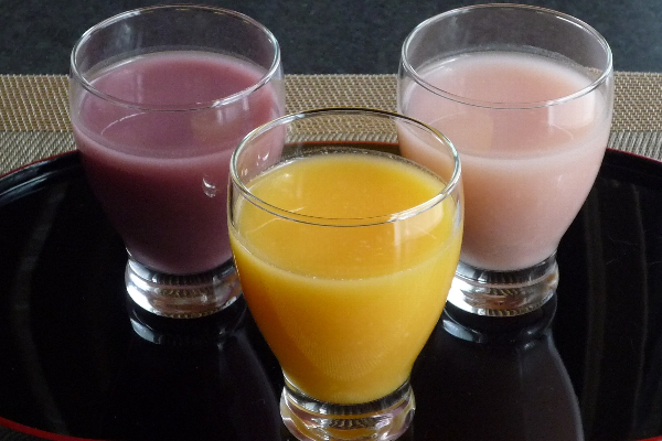 飲みきりサイズで三つの味、毎日飲むのにぴったり
