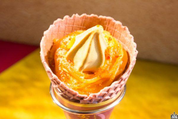 ねっとり糖度の高い安納芋をふんだんに使った風味豊かなソフトクリーム