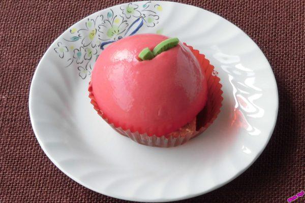 つやつやと真っ赤なその姿はまさにふじりんご。