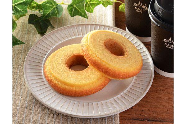 ローソン「発酵バターを使ったふんわりバウムクーヘン」