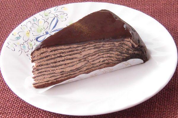 表面はチョコグラサージュで覆われています。