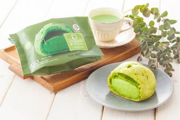 風味のよい抹茶を2割増量した濃厚抹茶クリームを、ふんわりもっちりシュー生地と組み合わせたシュークリーム。