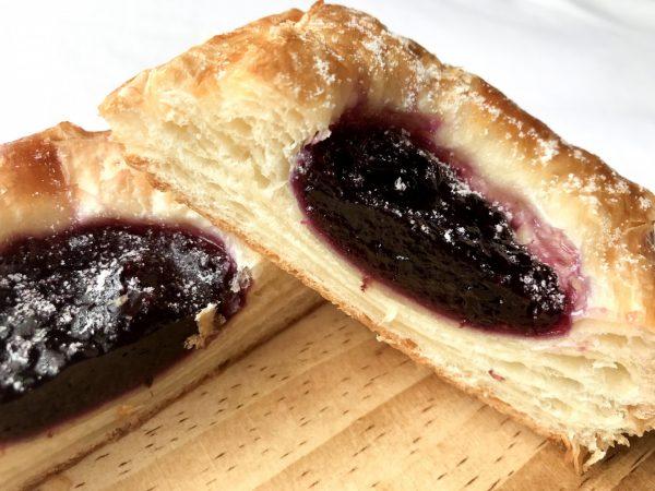 ブルーベリー×クリームチーズ!ファミマの新作デニッシュパン