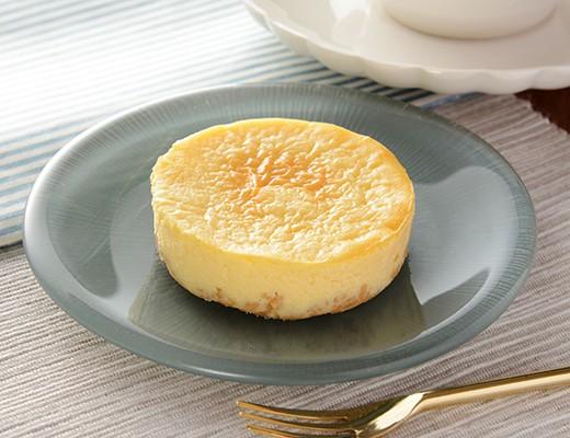 ローソン「なめらかクリームチーズケーキ」