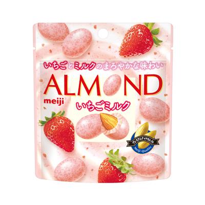 明治 アーモンドチョコレートいちごミルクパウチ