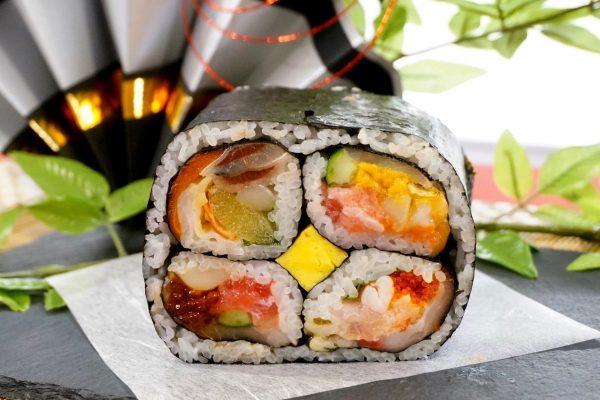 イトーヨーカドー史上最多25種の具材も!でかい&綺麗&おいしいの超豪華な恵方巻