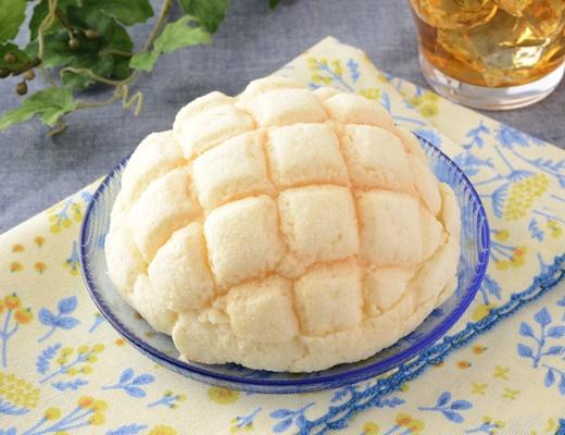 ローソン チーズケーキ!?メロンパン~ブルーベリークリーム&チーズホイップ~