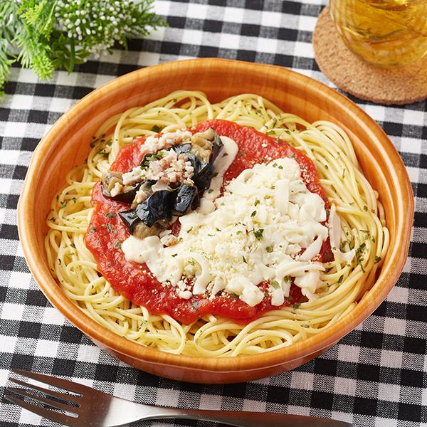 ファミリーマート_揚げ茄子とチーズのトマトパスタ「